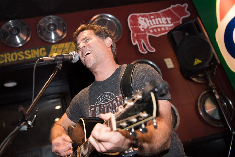 Jud Shumway Live at Fridays @ Four